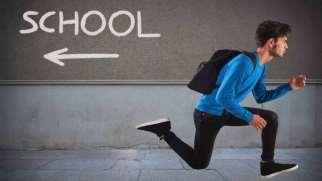فرار از مدرسه | علل و راه های مقابله با فرار از مدرسه