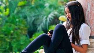 تغییرات عاطفی دختران در دوران بلوغ