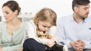 با کودکان طلاق چگونه برخورد کنیم | راهنمای اصلاح رفتار با کودک طلاق