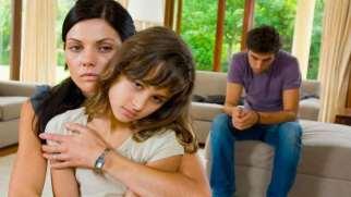 خانواده های افسرده پرور | خانواده چگونه می تواند باعث اَفسردگی بشود؟