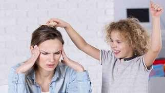 چگونه به کودک خود بگویم بیش فعال است؟