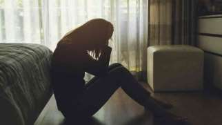 افسردگی صبحگاهی |  علائم، تشخیص، درمان