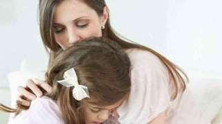 نقش خانواده در اضطراب | خانواده چگونه باعث بروز اضطراب میشود؟