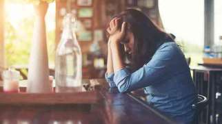 افسردگی پنهان | 6 نشانه افسردگی پنهان چیست؟