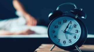 بی خوابی | علل، عوارض و درمان بی خوابی