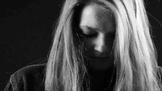 تحمل مرگ عزیزان و کنار آمدن با غم از دست دادن آن ها