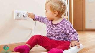 برق گرفتگی کودکان | هنگام برق گرفتگی کودک باید چه کارهایی انجام دهیم؟